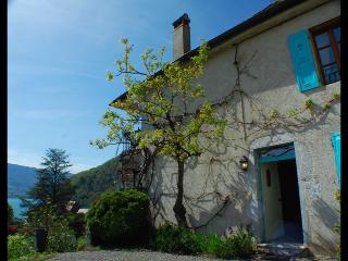 TALLOIRES - CARPE DIEM Maison de village - Talloires vacation rentals