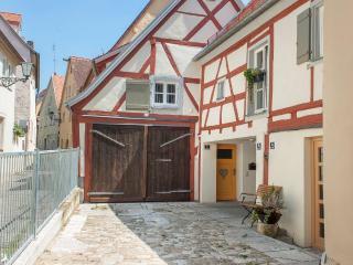 Stilvolles Wohnen in der Altstadtscheune RefiKium - Weissenburg vacation rentals