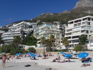 Spectacular Clifton apartment with fabulous views - Clifton vacation rentals