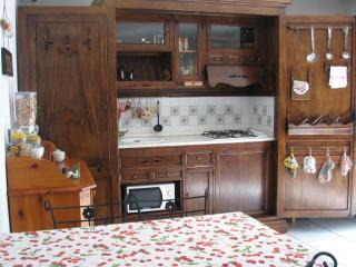 Sole e Stelle - Suite Appartamento Sole - Varese vacation rentals