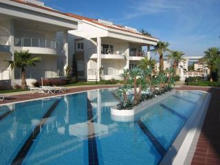 MIRAGE H 3.  Beautiful 4 bed duplex home that sleeps 8 in this very very popular gated community - Side vacation rentals