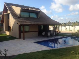 Bright 4 bedroom House in Porto de Galinhas - Porto de Galinhas vacation rentals
