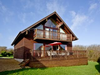 Ash Lodge, Retallack located in St. Columb, Cornwall - Winnard's Perch vacation rentals