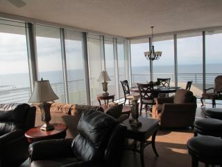 Luxury Beach Front 2 Bedroom 2 Bathroom Condo on Biloxi Beach - Biloxi vacation rentals