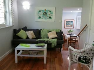 Hepburn Hideaway in the heart of the village - Hepburn Springs vacation rentals