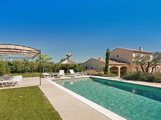 Perfect Villa with Internet Access and DVD Player - Maussane-les-Alpilles vacation rentals