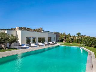 7 bedroom Villa with Internet Access in Arzachena - Arzachena vacation rentals