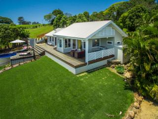 The Bails a Hinterland Retreat   **No Schoolies** - Byron Bay vacation rentals