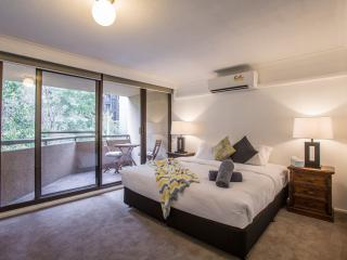 StayCentral New - St Kilda Road 4 BR, 2 BA - Melbourne vacation rentals