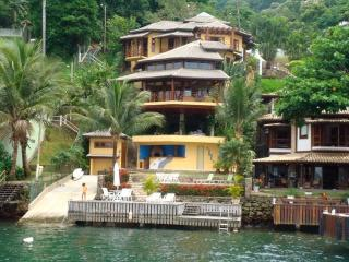 5 bedroom House with Internet Access in Angra Dos Reis - Angra Dos Reis vacation rentals