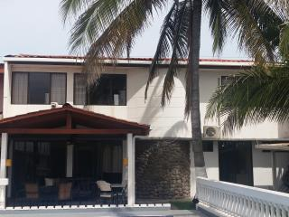 Bright House in Puntarenas with Grill, sleeps 16 - Puntarenas vacation rentals