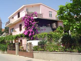 2622 A1 Zeleni (2+1) - Pakostane - Pakostane vacation rentals