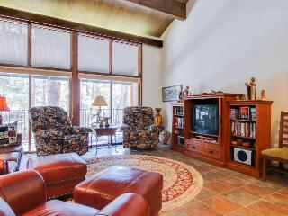 Spacious, high-end 2-story condo close to town & slopes with shared pool! - Durango Mountain vacation rentals