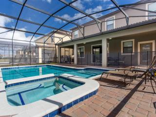Gorgeous Home/Pool with Spa, Minutes to Disney - Davenport vacation rentals