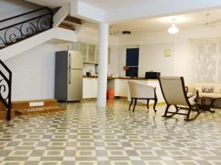 Stunning Holiday Villa near Candolim Goa - Bardez vacation rentals