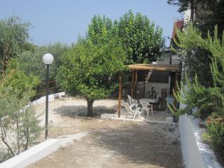 Cozy 2 bedroom Vacation Rental in Rodi Garganico - Rodi Garganico vacation rentals