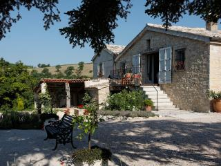 B&B Casale Margherita nr. Pergola with great views - Pergola vacation rentals