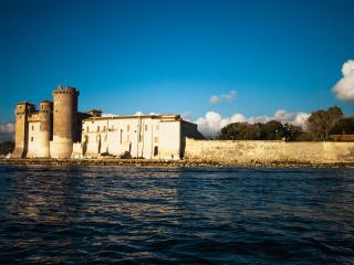 Beach & Rome for 8 people 4 bedrooms, kitchen, Wi Fi, barbecue, exit to the sea - Santa Severa vacation rentals