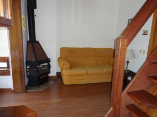 Apartamento Centro 02 Dormitórios - Gramado vacation rentals