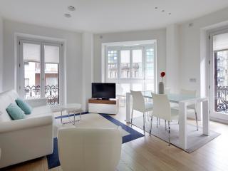 Easo Suite 2B by FeelFree Rentals - San Sebastian - Donostia vacation rentals