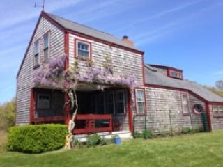Charming 3 bedroom Siasconset House with Deck - Siasconset vacation rentals