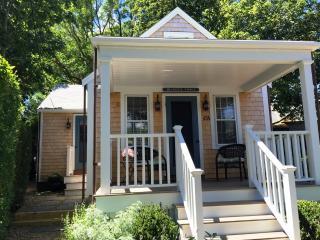 1 Bedroom 1 Bathroom Vacation Rental in Nantucket that sleeps 2 -(7203) - Nantucket vacation rentals