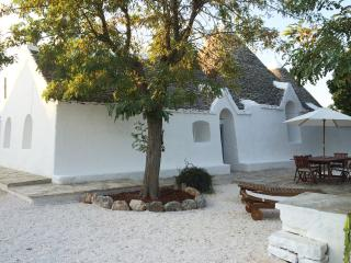 Nice independent home in a trulli village - Selva di Fasano vacation rentals