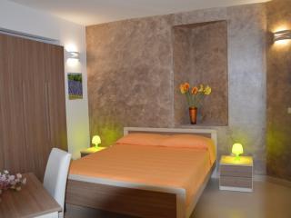LA STELLA DI GALLIPOLI, Appart.Comfort, monolocale - Gallipoli vacation rentals