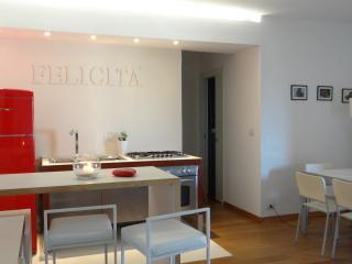 homeonsea - Giardini Naxos vacation rentals