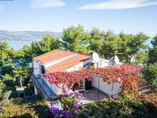 Apartment 40m from beach ,Ciovo island near Trogir - Arbanija vacation rentals