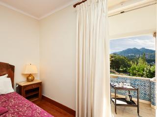 Double Room Quinta de Santa Maria Casa Nostra - Colares vacation rentals