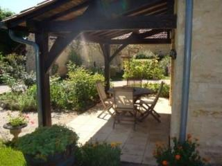 Romantic Gite with Dishwasher and Microwave - Veyrines-De-Domme vacation rentals