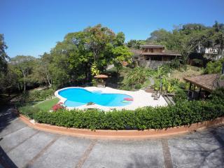 Casa Aislada Beautiful Secluded Home in Santa Ana - Santa Ana vacation rentals