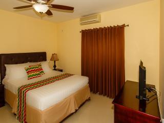 Alamanda Guest House New Kingston - Kingston vacation rentals