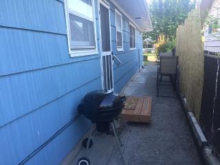 Cozy Charming Cottage in Quiet Neighborhood - Portland vacation rentals