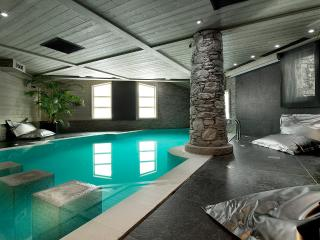 Chalet White Pearl, Sleeps 10 - Val-d'Isère vacation rentals
