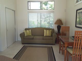 Guest House on Tropical Acre at Hale E Komo Mai - Keaau vacation rentals