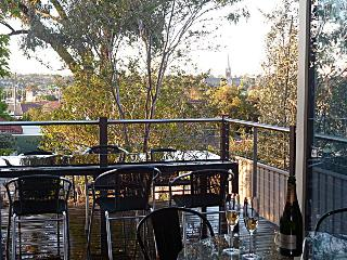 Hogmort-Homes Olinda Street - 1km CBD Pet friendly - Bendigo vacation rentals