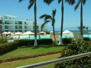 Beachfront One bedroom condo with great views - Bucerias vacation rentals