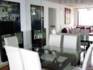 Luxury Flat with Pool & 2 Blocks from Hilton Hotel - Lima vacation rentals