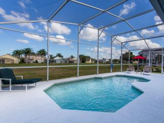 Comfortable House with Internet Access and A/C - Davenport vacation rentals