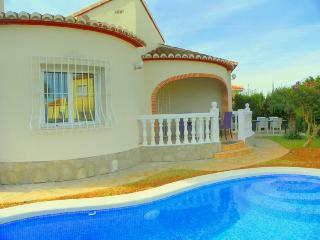 Villa Maria, comfy villa, private pool and garden - Denia vacation rentals