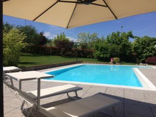 "Villa ""Mandolata"" with garden and swimming pool - Gallicano vacation rentals"