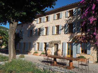 Nice House with Internet Access and Private Outdoor Pool - Le Bar-sur-Loup vacation rentals