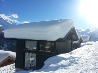 Large exclusive 6 room chalet - Wiler vacation rentals