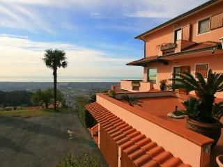 Nice 3 bedroom House in Montignoso - Montignoso vacation rentals