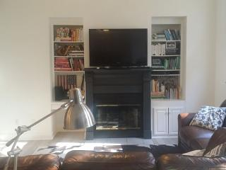Beautiful Renovated Victorian With Spa - Ankeny vacation rentals