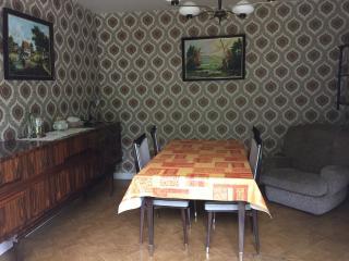 """Meublé de tourisme """"Chez Mémé"""" - Commentry vacation rentals"""