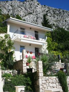 1 bedroom Apartment with Internet Access in Omis - Omis vacation rentals