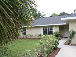 House in the Forest Near Rainbow River - Dunnellon vacation rentals